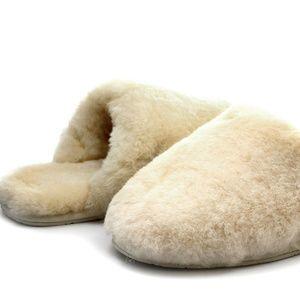 UGG Women's Fluffy Clog Slippers